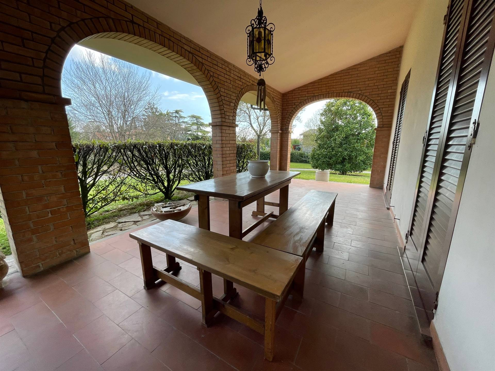 portico bella casa singola con parco Zelarino