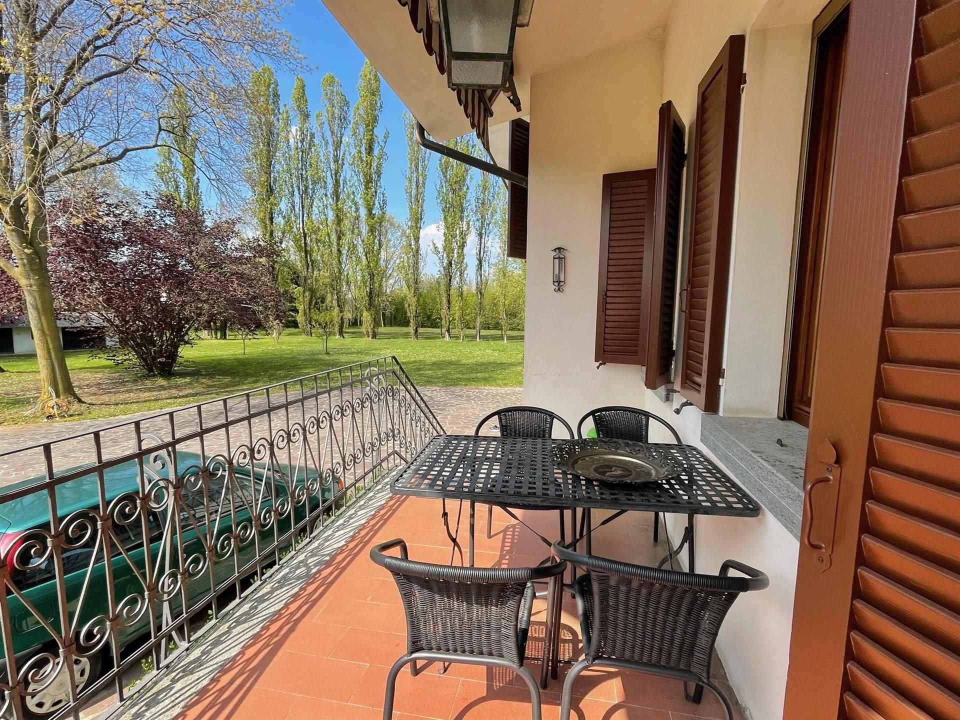 portico villa Zelarino con parco di 12.000 mq.