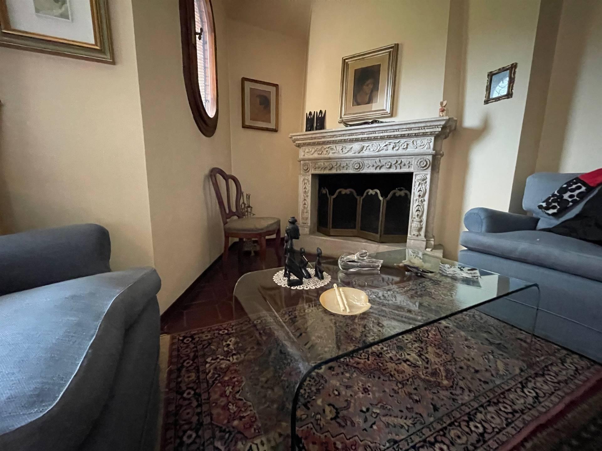 soggiorno con caminetto villa Zelarino Studio C