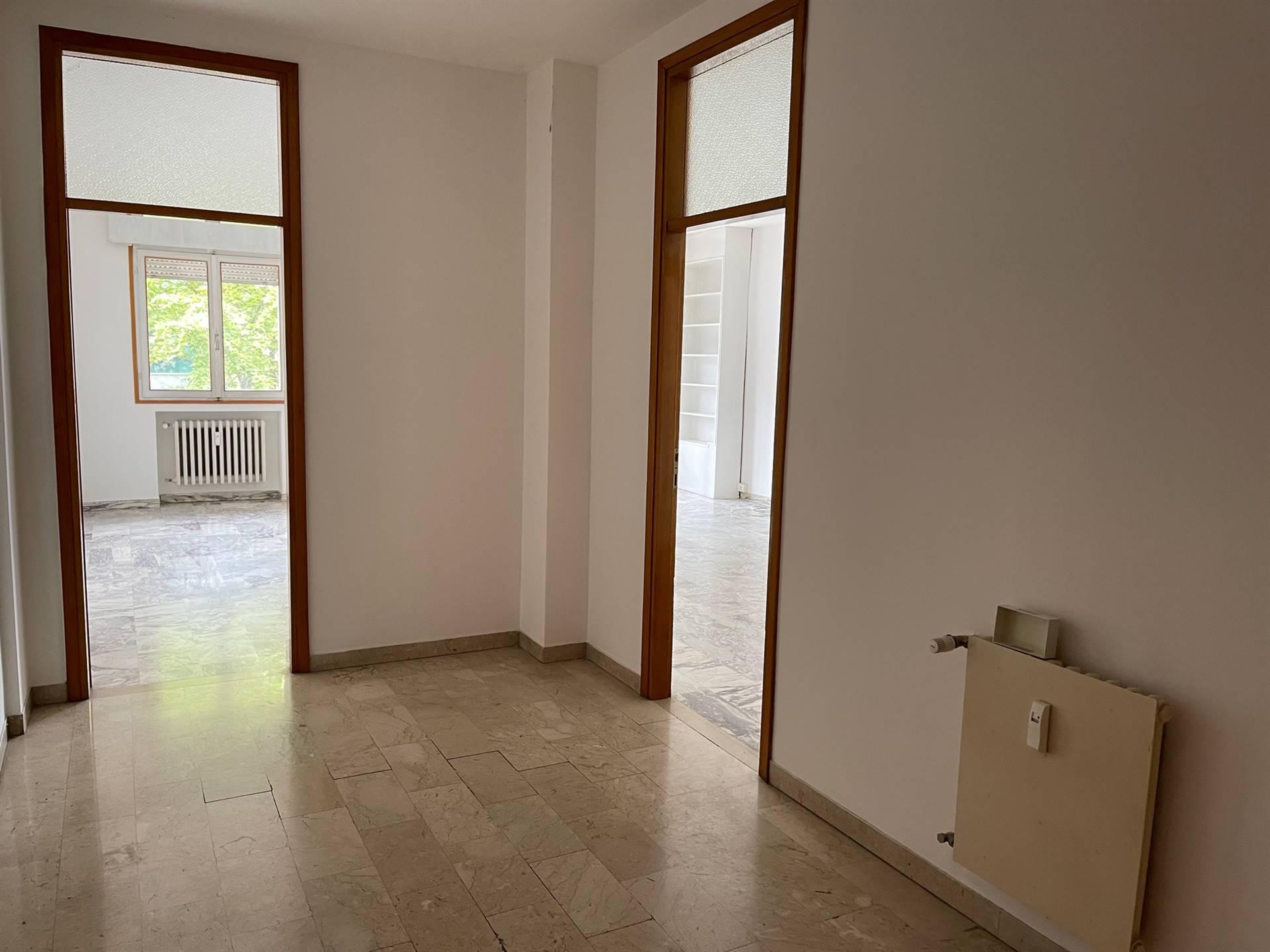 ingresso appartamento invendita a Mestre signorile