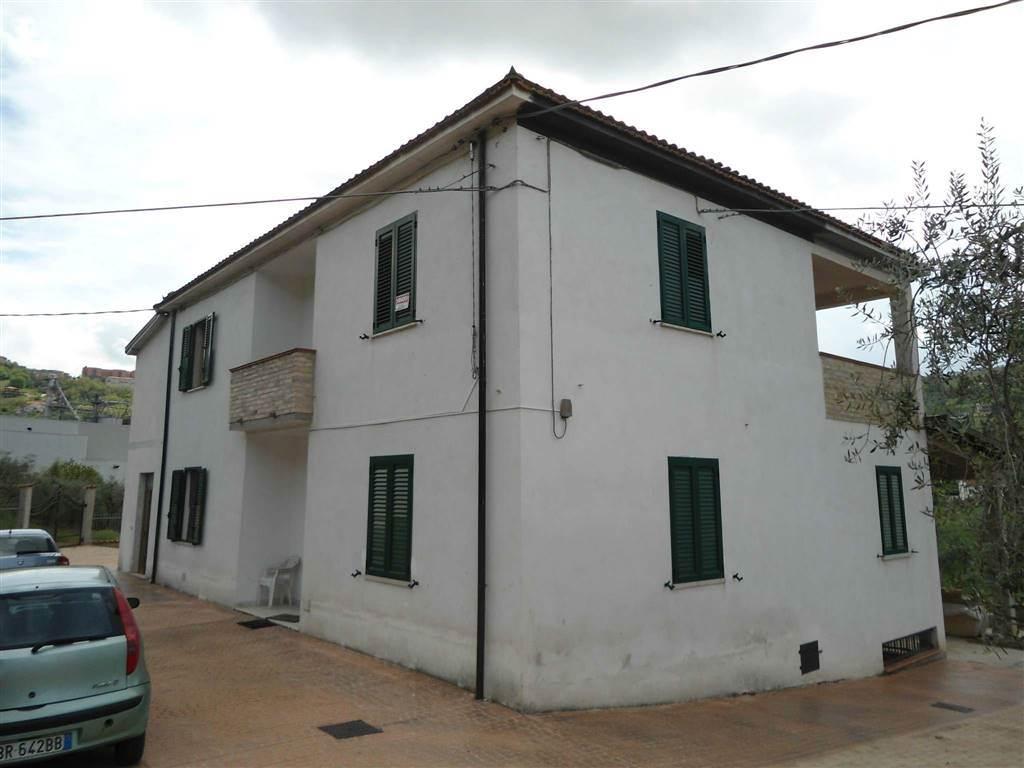 Casa semi indipendente, Madonna Degli Angeli, Chieti