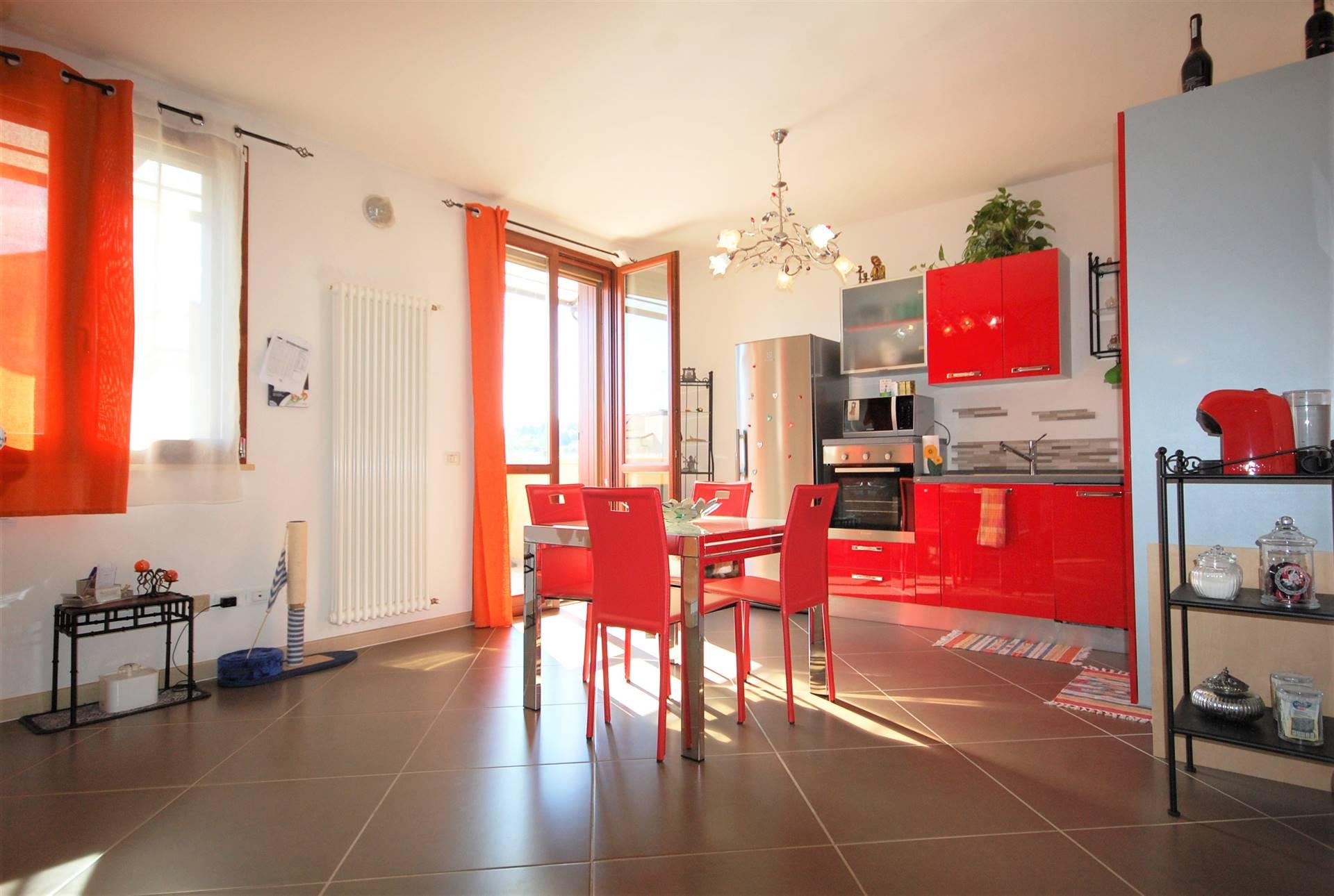 Appartamento in vendita a Longiano, 5 locali, zona Località: LA CROCETTA, prezzo € 230.000   CambioCasa.it