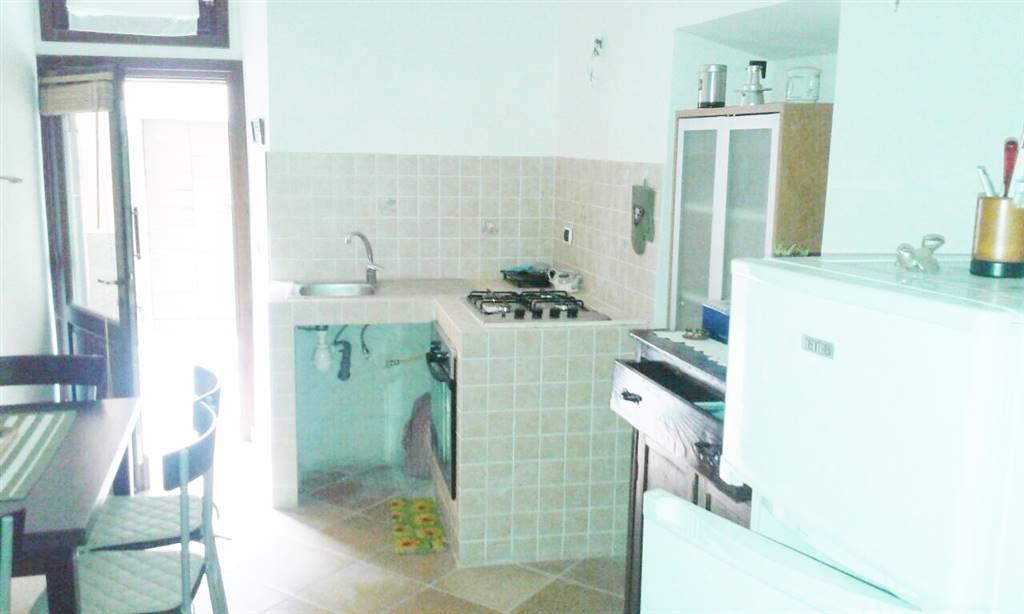 Appartamento in vendita a Canino, 2 locali, prezzo € 25.000 | CambioCasa.it
