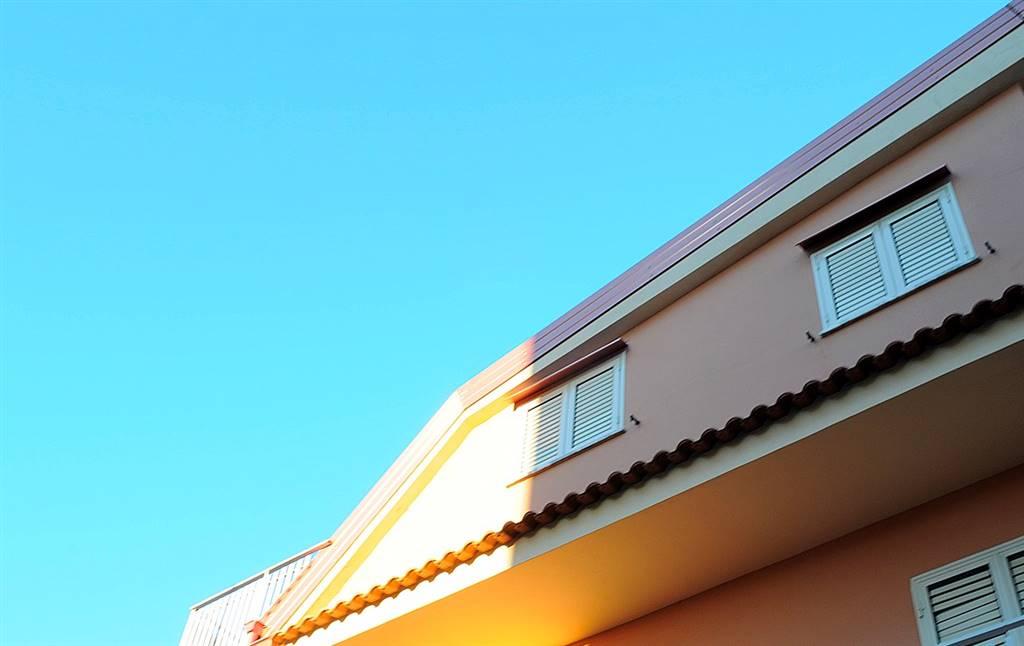Appartamento in affitto a Lamezia Terme, 6 locali, zona Zona: Nicastro, prezzo € 370   CambioCasa.it
