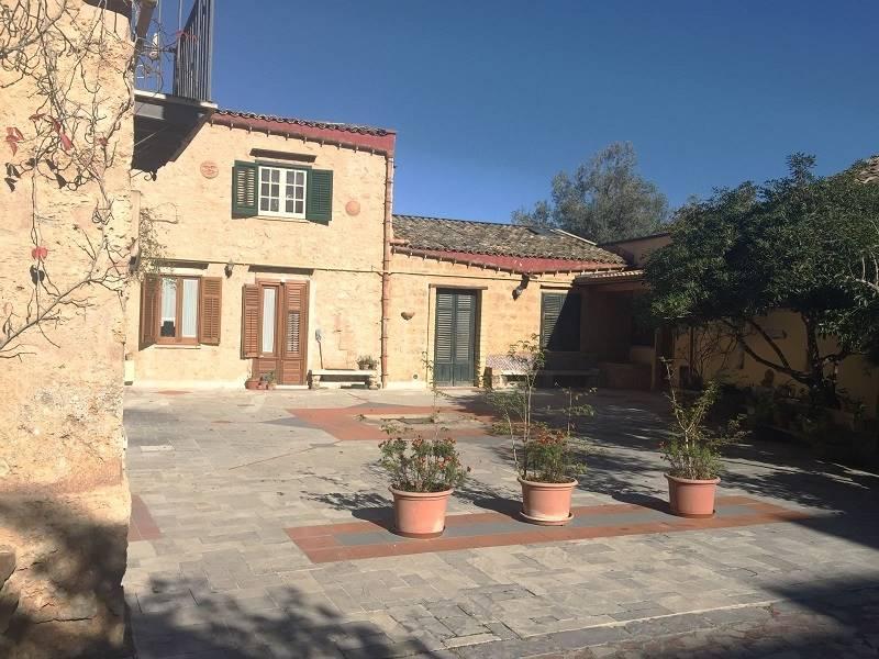 Appartamento in Via Villa Nicolosi 5, Zisa, Palermo