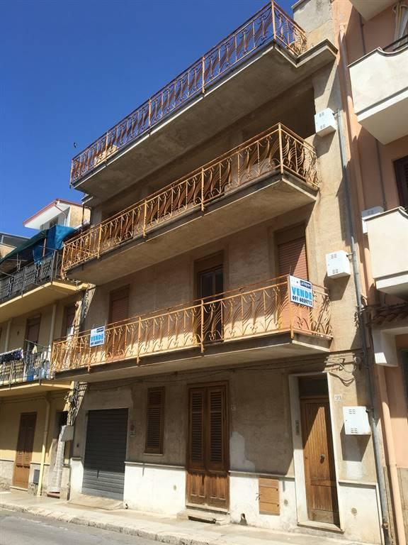 Quadrilocale in Via Verdi  97, Terrasini