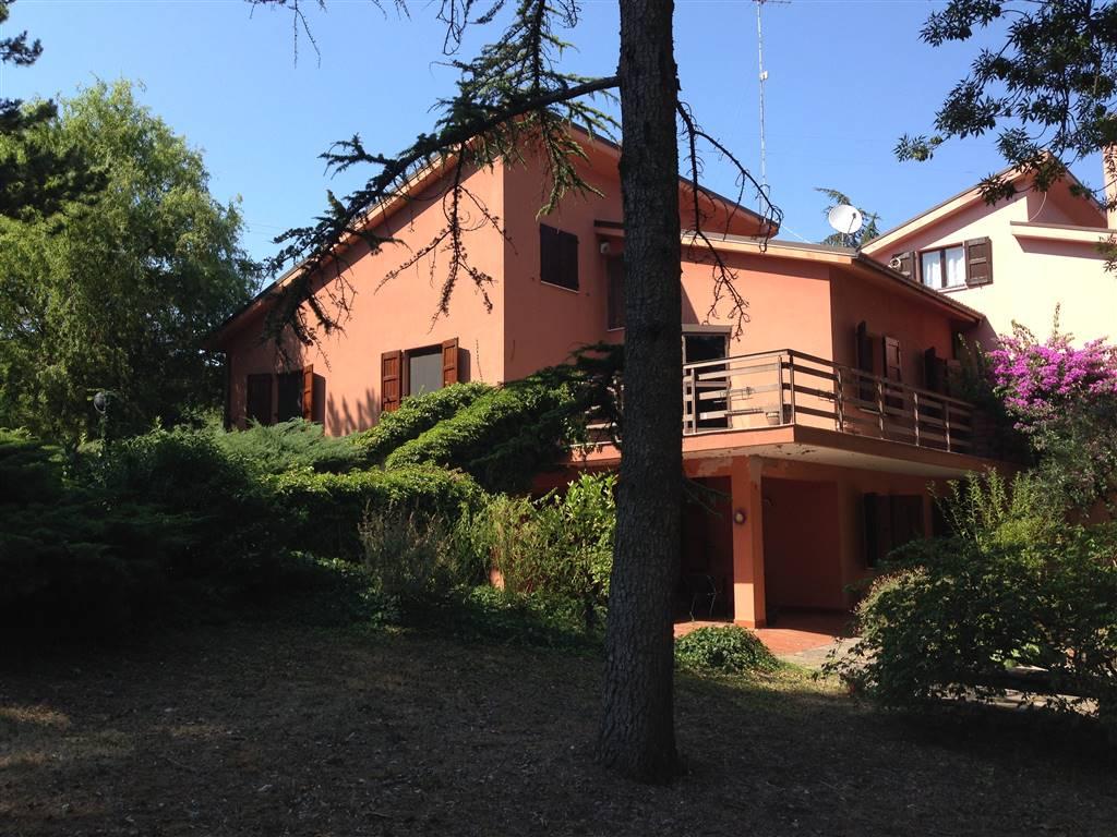 Bifamiliare, Sappanico, Ancona