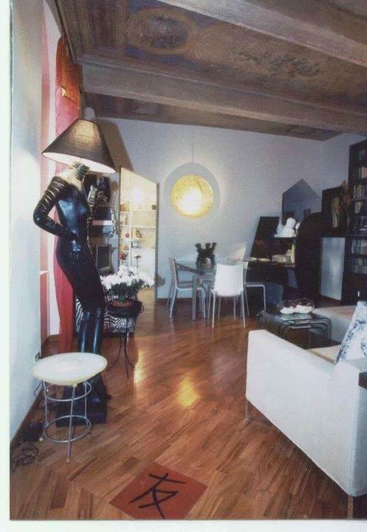 Appartamento in vendita a Firenze, 8 locali, zona Zona: 12 . Duomo, Oltrarno, Centro Storico, Santa Croce, S. Spirito, Giardino di Boboli, prezzo € 680.000 | CambioCasa.it