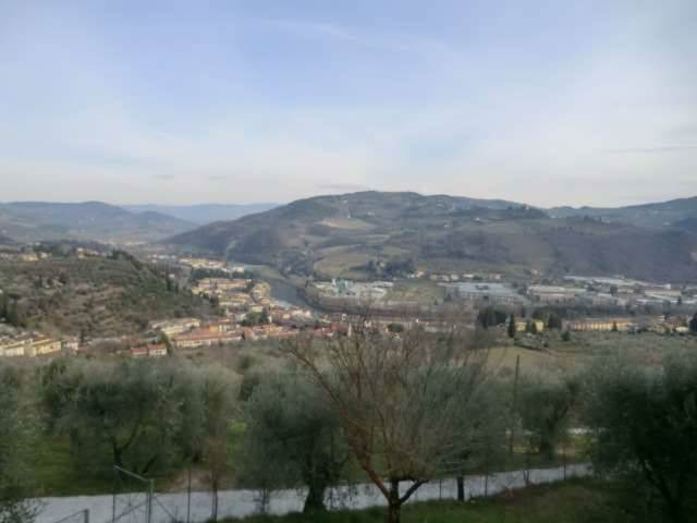 Appartamento in V. Villa Romena, Compiobbi, Fiesole