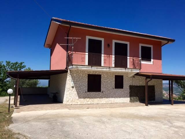 Casa singola in Contrada Cesine, Cesine, San Mango Sul Calore