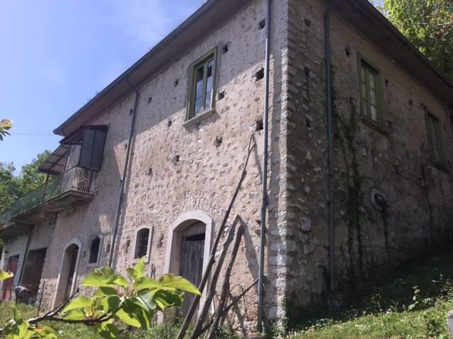 Casa semi indipendente in Via Festola, Montemiletto