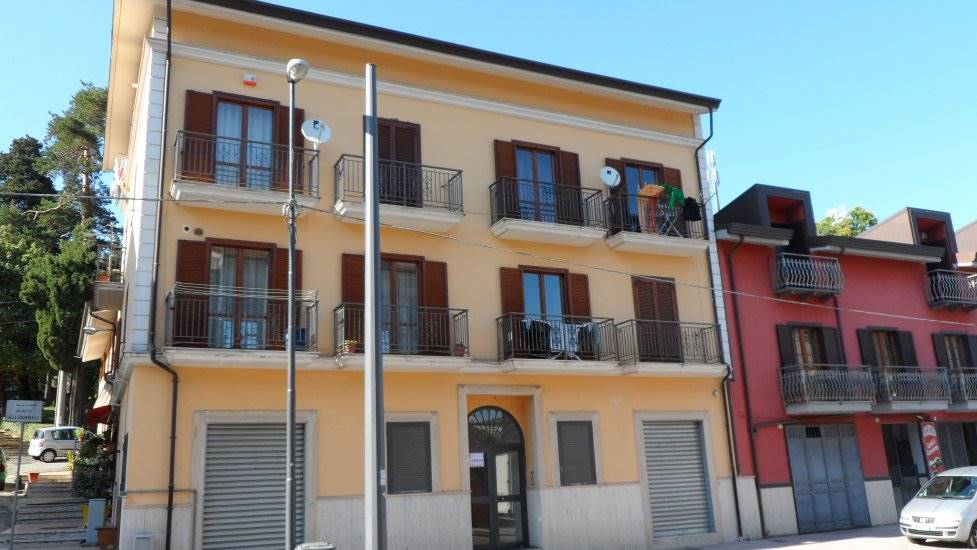 Mansarda in Via Francesco Tedesco 243, Semicentro, Avellino