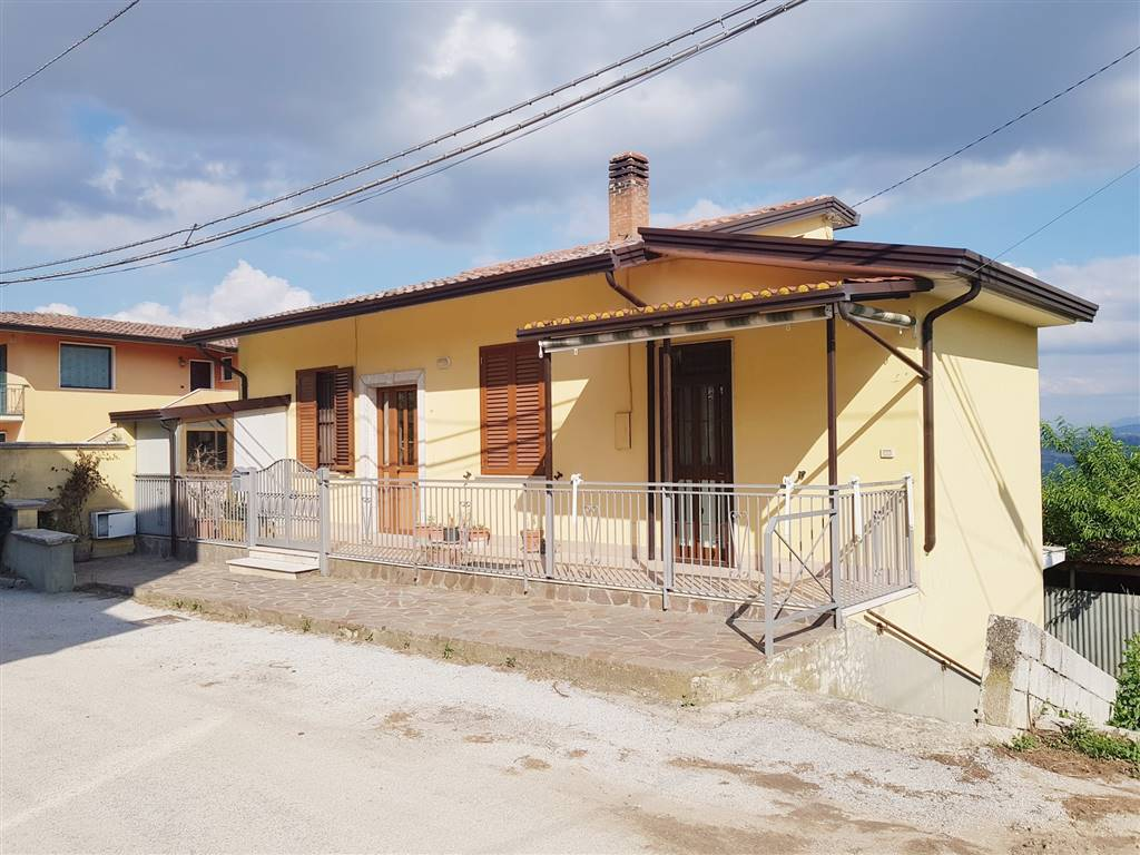 Casa singola in Sala, Santa Paolina