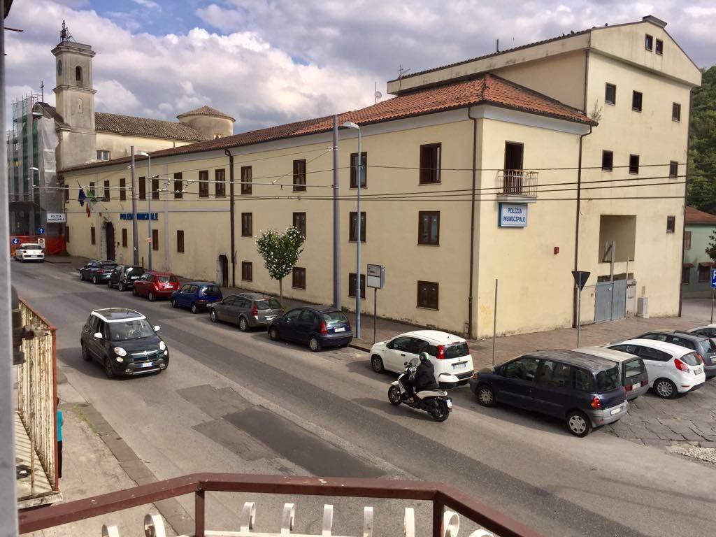 Bilocale in Via Francesco Tedesco  37, Semicentro, Avellino
