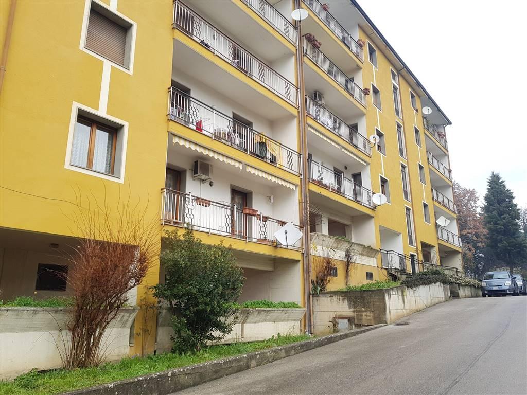 Appartamento in Via Fontanatetta, Semicentro, Avellino