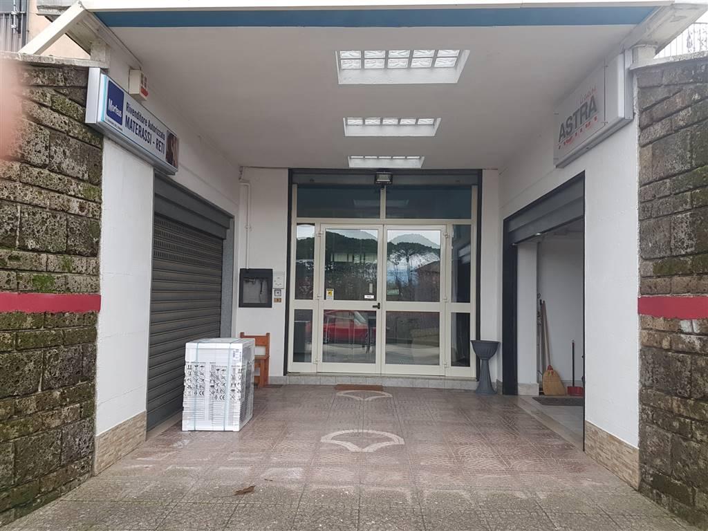 Negozio / Locale in vendita a Aiello del Sabato, 9999 locali, zona Zona: Tavernola San Felice, prezzo € 175.000   CambioCasa.it