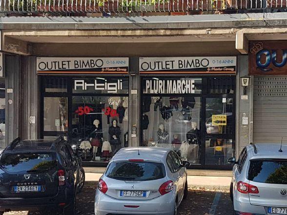 Negozio / Locale in vendita a Manocalzati, 2 locali, prezzo € 155.000 | CambioCasa.it