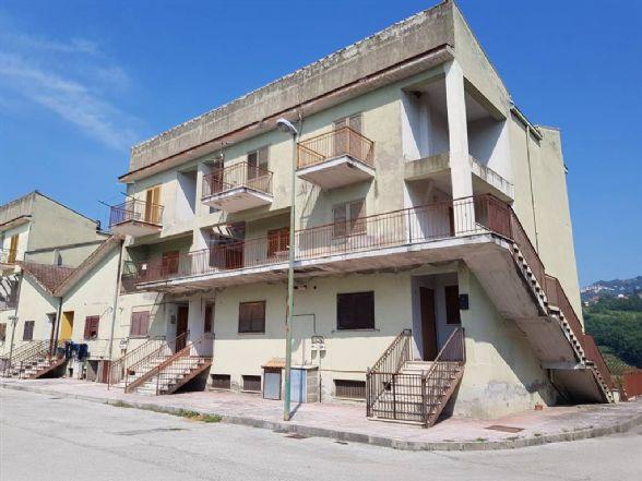 Appartamento in Via Castello, Tufo