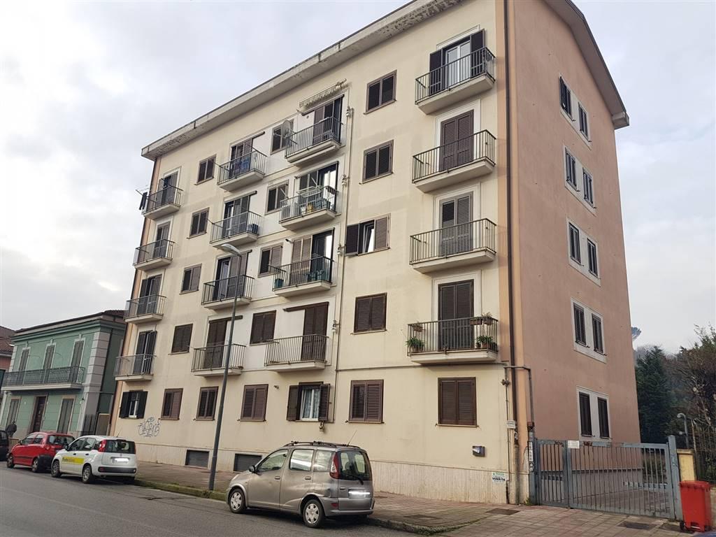 Appartamento in vendita a Avellino, 3 locali, zona Zona: Semicentro, prezzo € 105.000 | CambioCasa.it