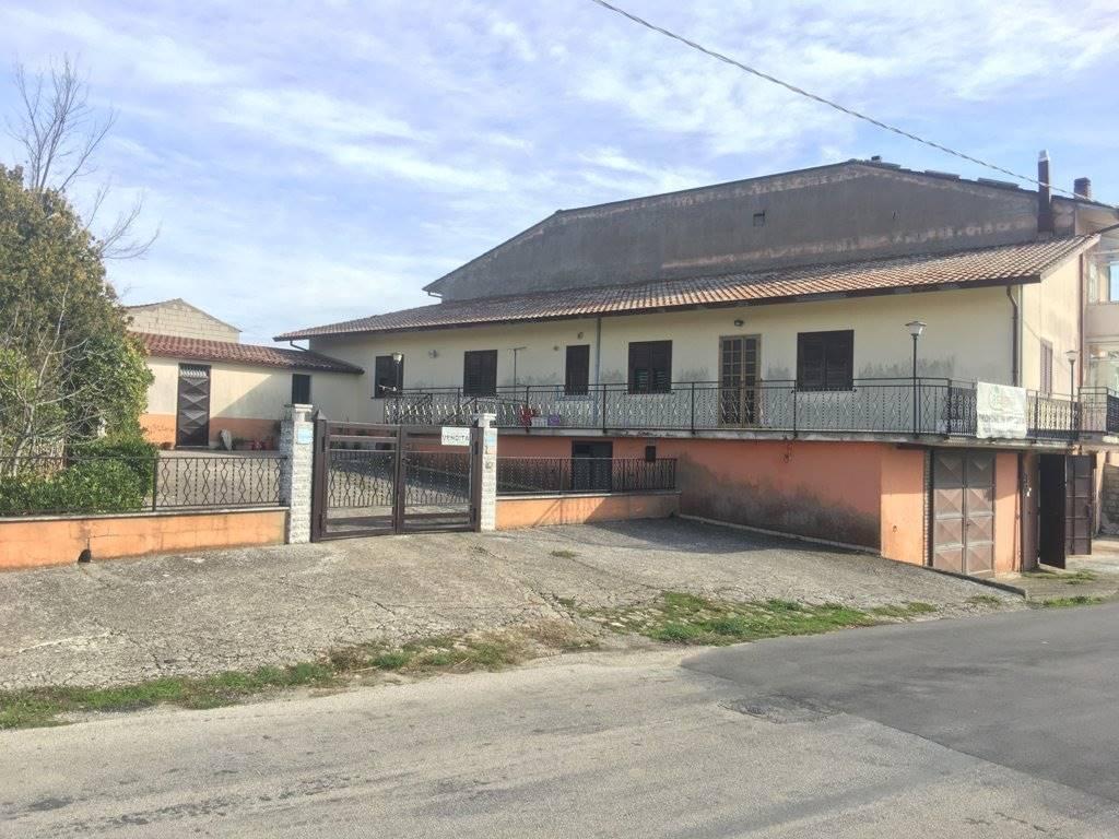Soluzione Indipendente in vendita a Montefusco, 4 locali, zona Zona: contrade: Sant'Egidio, prezzo € 79.000 | CambioCasa.it