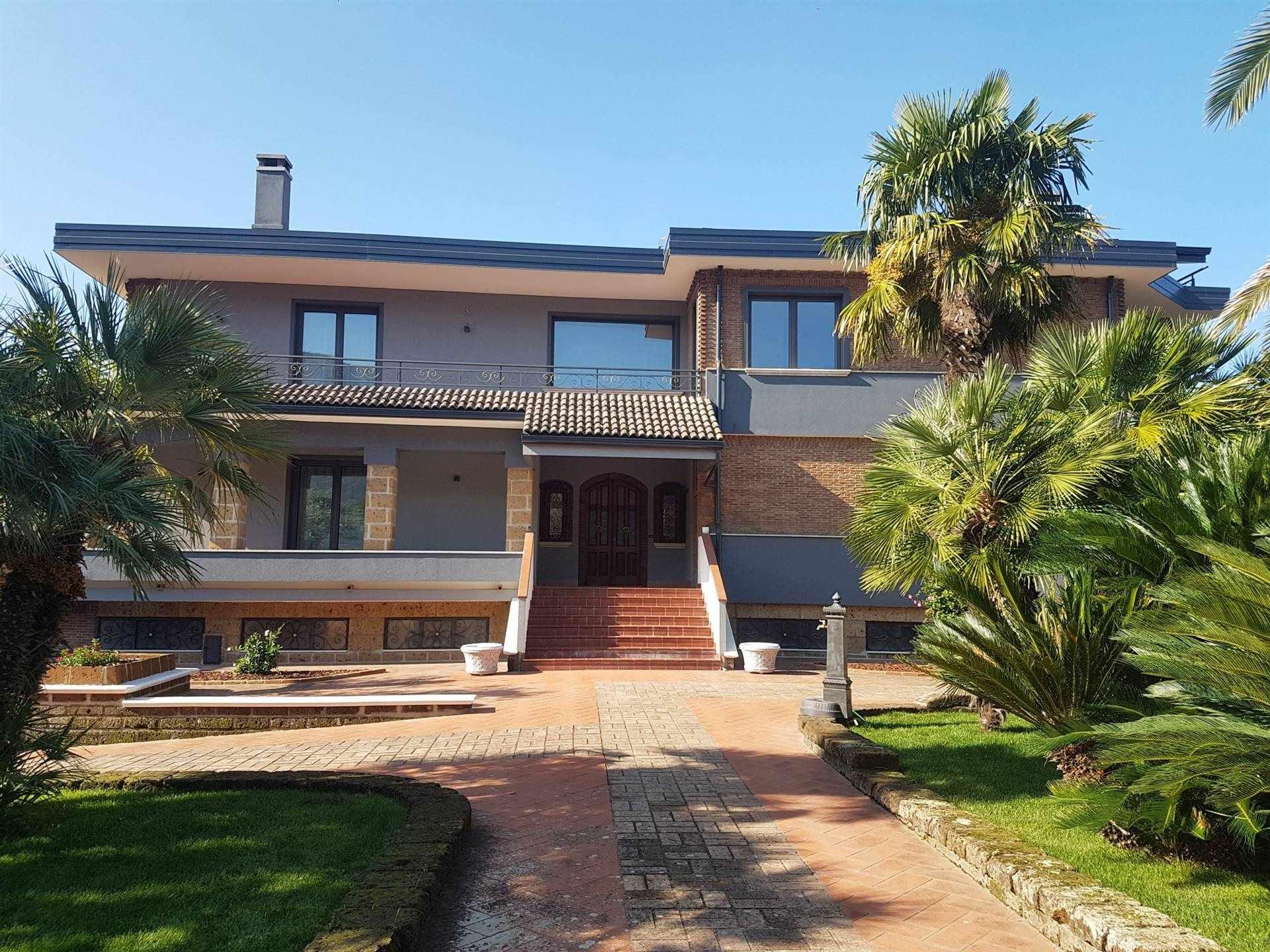 Villa in vendita a San Michele di Serino, 8 locali, prezzo € 670.000 | CambioCasa.it