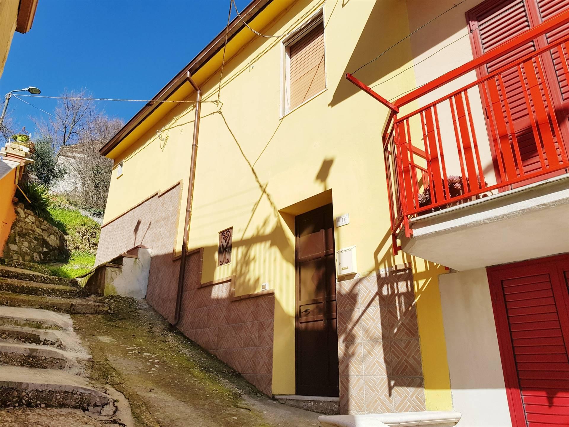 Soluzione Semindipendente in vendita a Santa Paolina, 4 locali, zona Località: SANTA LUCIA, prezzo € 36.000 | CambioCasa.it