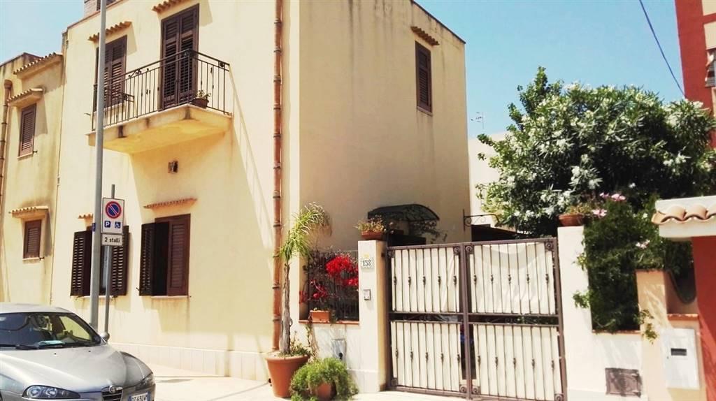 Villino in Via Generale Arimondi 158, Zona Pregiata, Trapani
