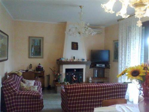 Villa in Via Spagna, Crocetta, Modena