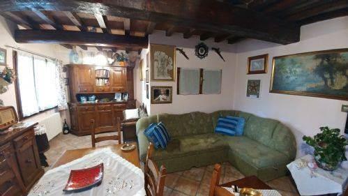 Villa a schiera, Albareto, Modena, ristrutturata