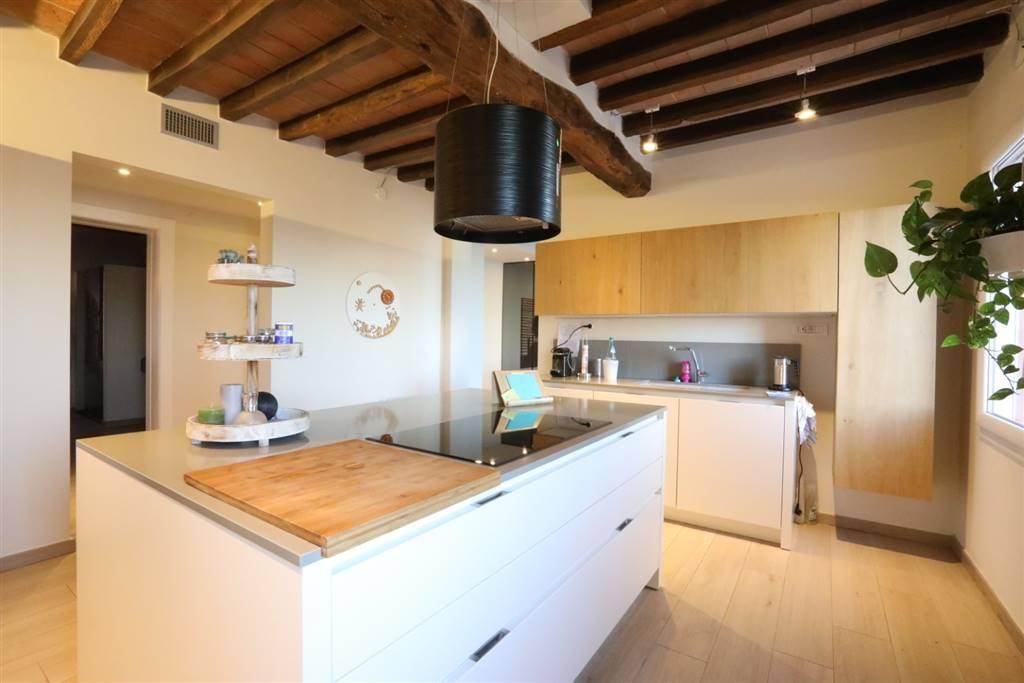 Bifamiliare, Cittanova, Modena, ristrutturato