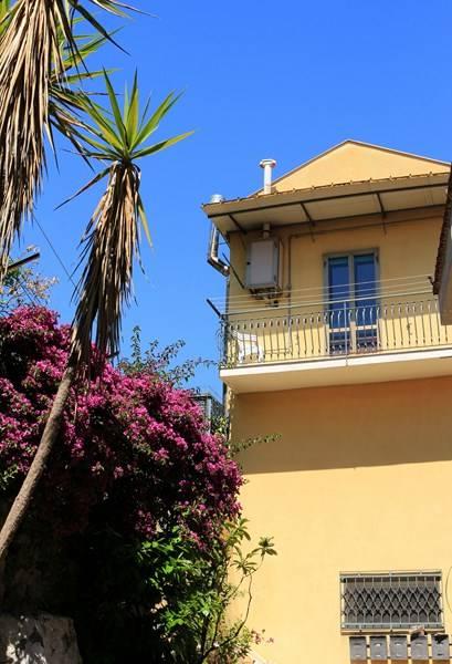 Bilocale in Via Madonna Del Monte, Centro Storico, Salerno
