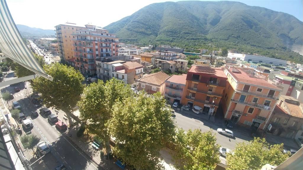 Appartamento in vendita a Nocera Superiore, 4 locali, prezzo € 85.000   CambioCasa.it