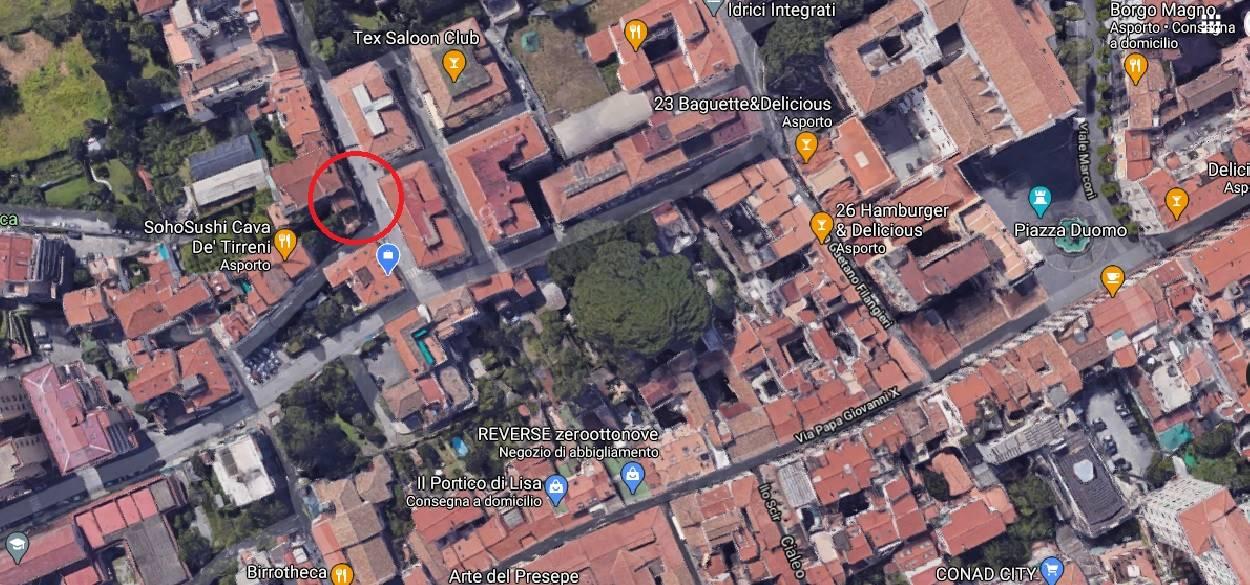 CAVA DE' TIRRENI, Attività commerciale in vendita di 50 Mq, Ristrutturato, Classe energetica: G, posto al piano Terra su 1, composto da: 2 Vani,