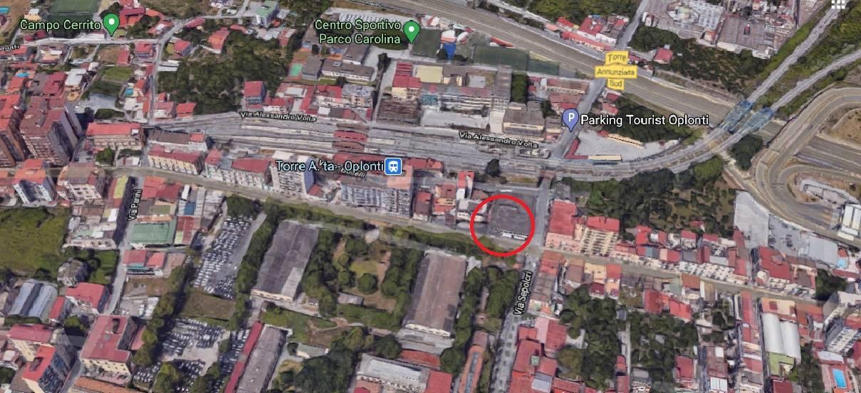 Negozio / Locale in vendita a Torre Annunziata, 2 locali, prezzo € 65.000 | CambioCasa.it