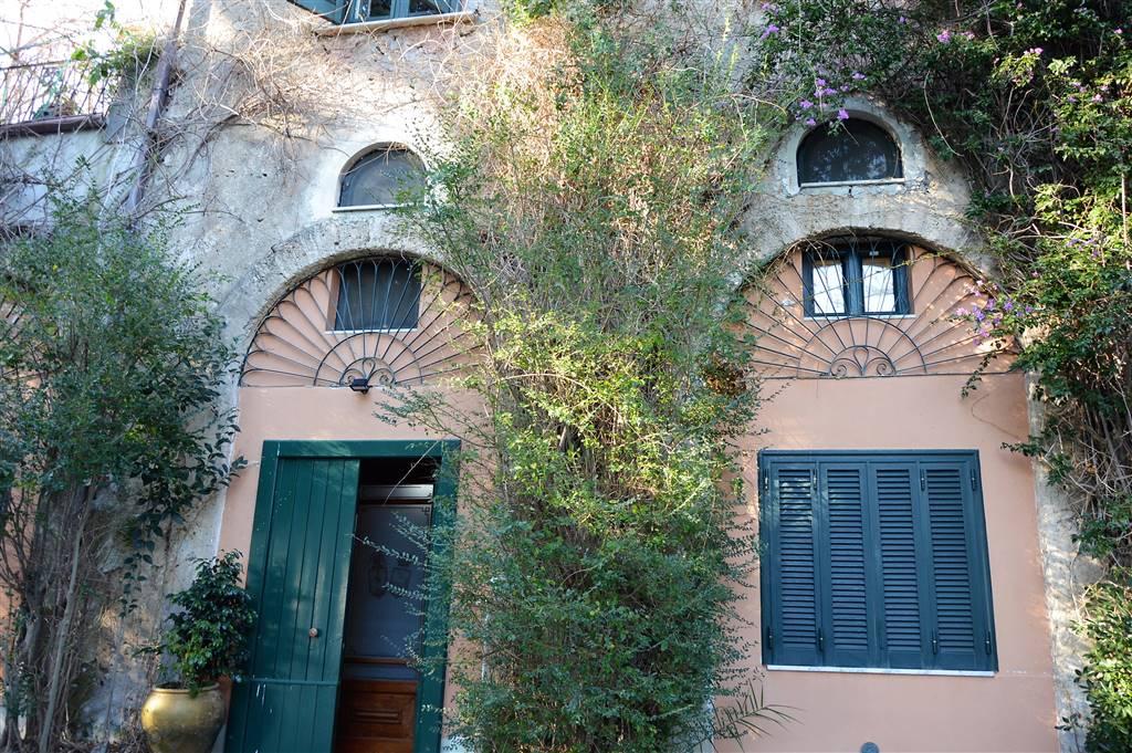 Villa, Fuorni, Salerno, in ottime condizioni