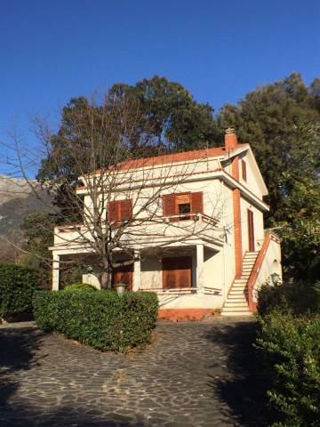 Villa, Maratea, in ottime condizioni