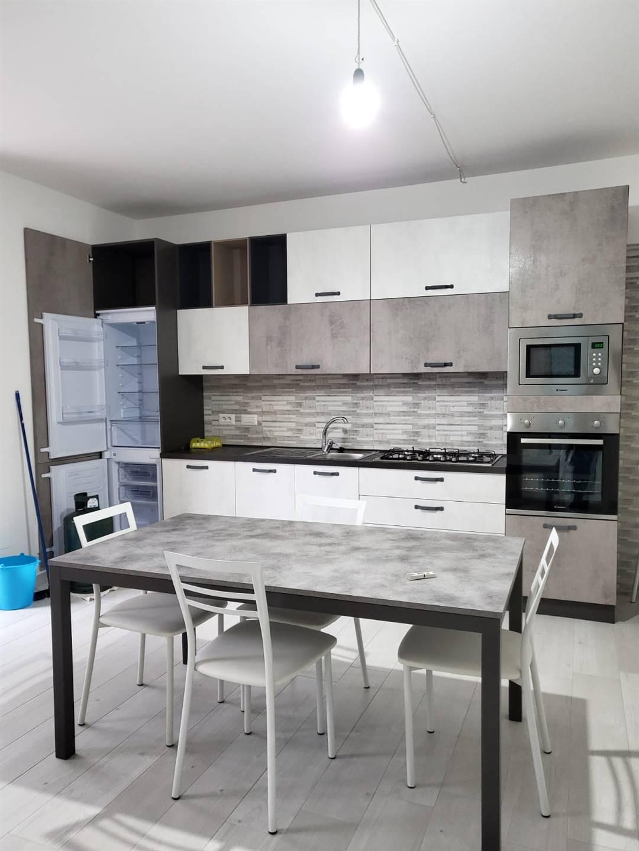 Appartamento in affitto a Pisciotta, 4 locali, prezzo € 450 | CambioCasa.it