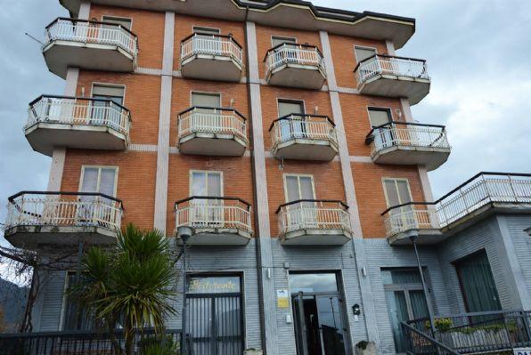 Appartamento in vendita a Sala Consilina, 16 locali, zona Località: TRINITA, prezzo € 200.000 | PortaleAgenzieImmobiliari.it