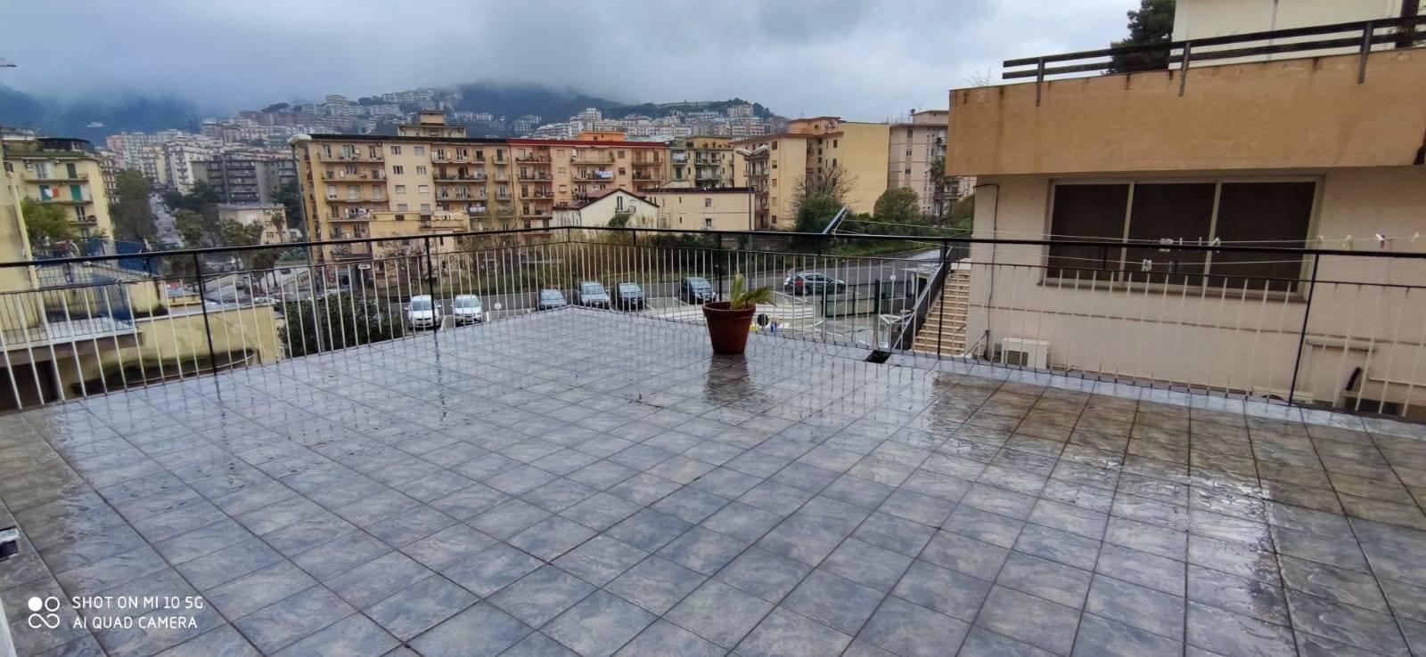 Appartamento in vendita a Salerno, 4 locali, zona Località: IRNO / CALCEDONIA/ PETROSINO, prezzo € 265.000   CambioCasa.it