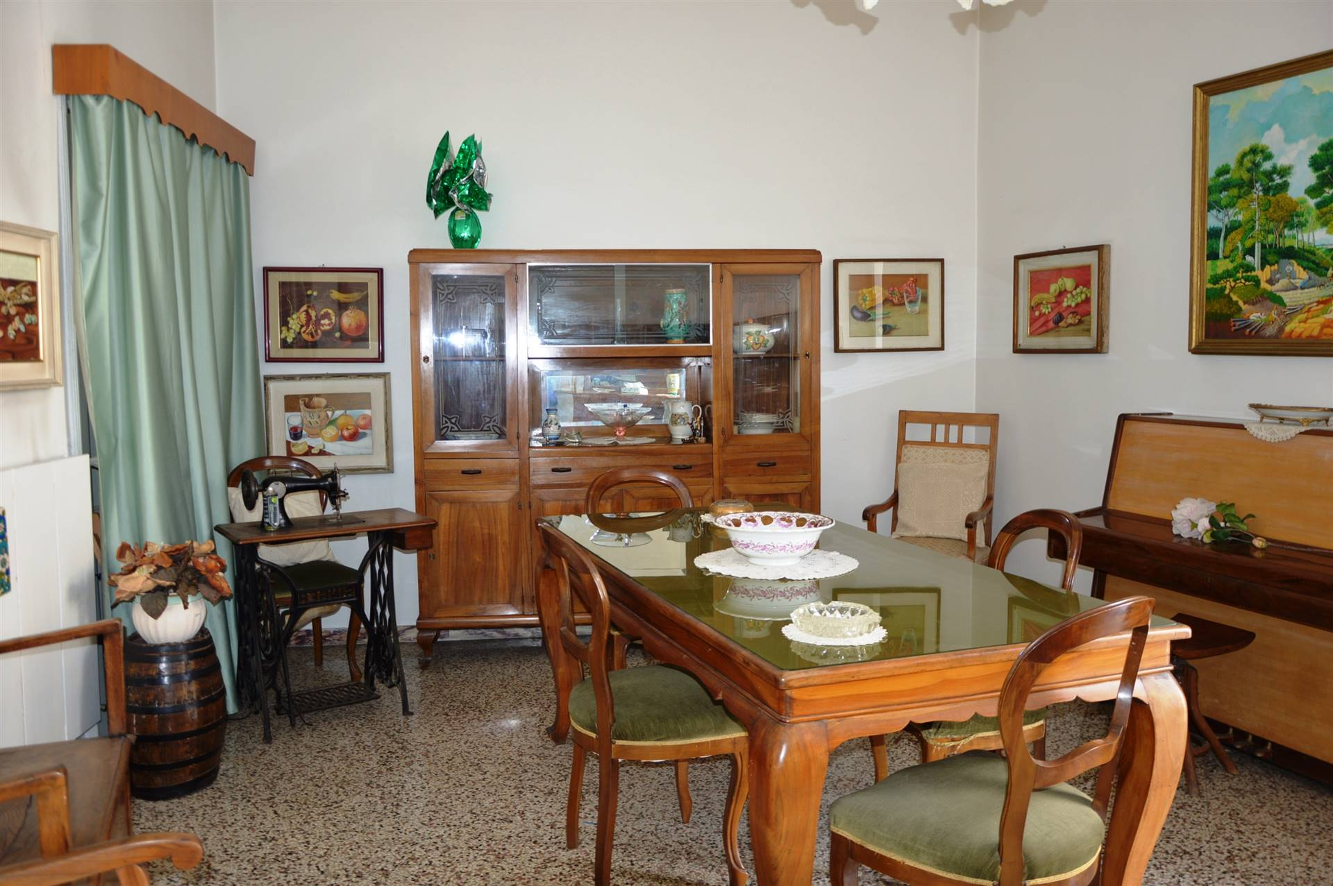 Appartamento in vendita a Salerno, 5 locali, zona Zona: Centro, prezzo € 690.000   CambioCasa.it