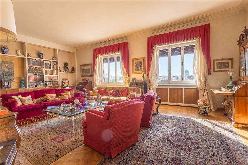 MAZZINI, FIRENZE, Apartment for sale of 300 Sq. mt., Good condition, Heating Centralized, Energetic class: G, placed at 4° on 6, composed by: 9 Rooms,