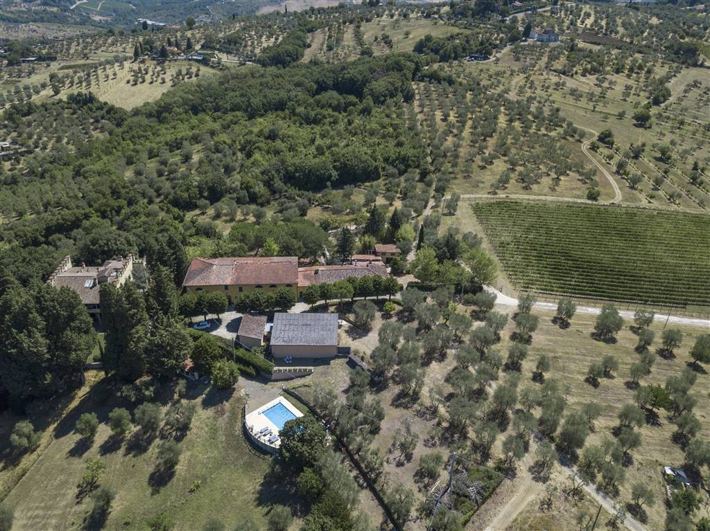RIGNANO SULL'ARNO, Farm for sale of 630000 Sq. mt., Energetic class: G, composed by: 1 Room, Parking space, Garden Condominium, Price: € 1,500,000