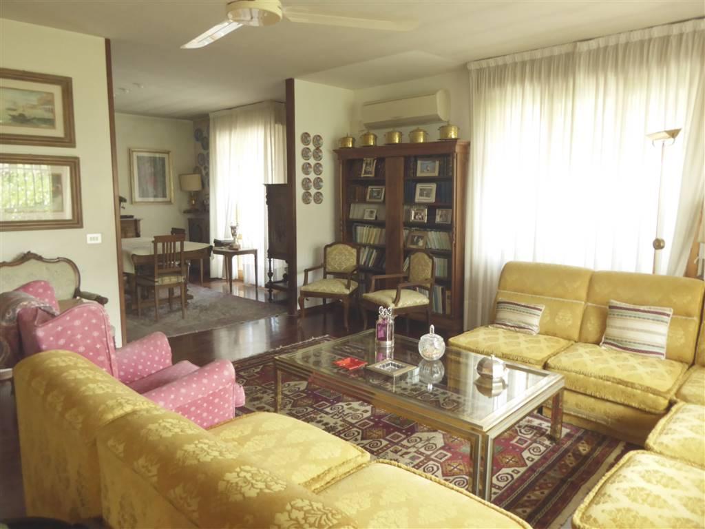 Appartamento in vendita a Bagno a Ripoli, 6 locali, prezzo € 595.000 | PortaleAgenzieImmobiliari.it