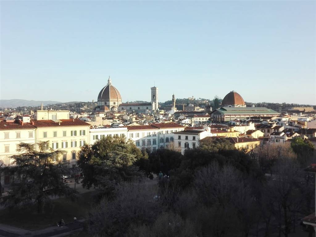 INDIPENDENZA, FIRENZE, Apartment for rent of 200 Sq. mt., Excellent Condition, Heating Individual heating system, Energetic class: G, placed at 5°,