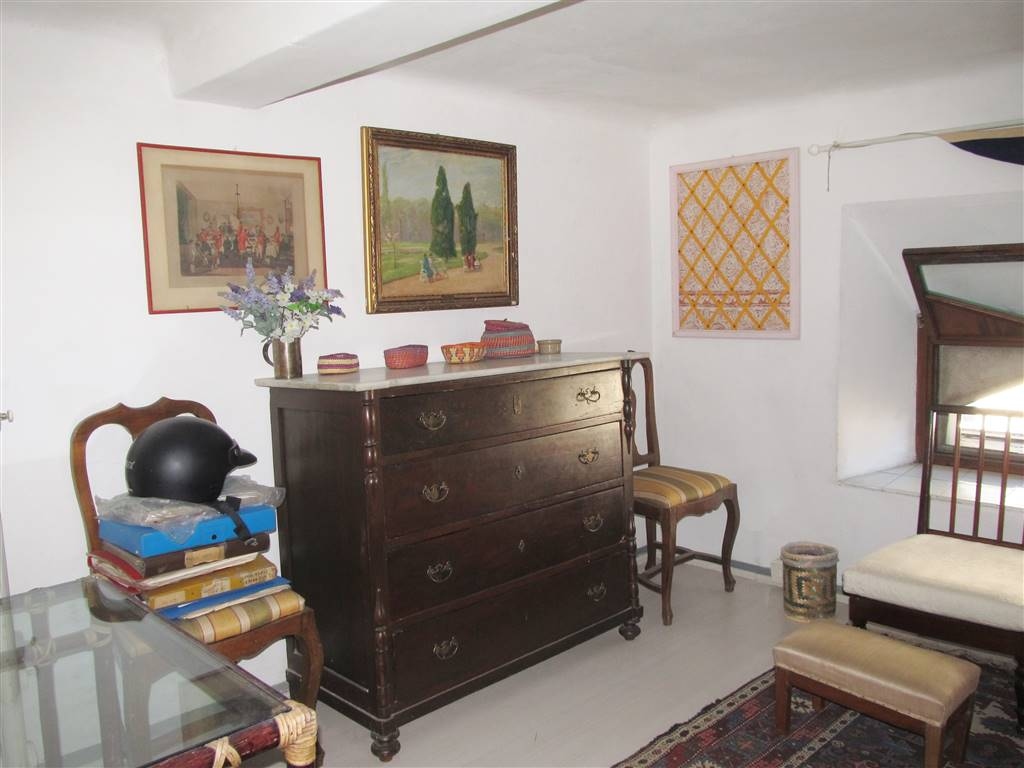 COMUNALE, FIRENZE, Apartment for rent of 45 Sq. mt., Good condition, Heating Centralized, Energetic class: G, placed at 2°, composed by: 2 Rooms,