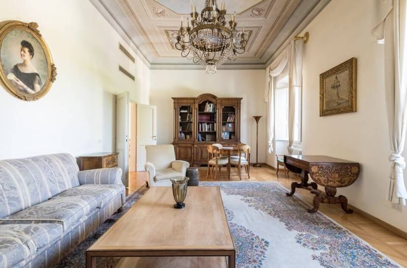 SAN FREDIANO, FIRENZE, Apartment for sale of 270 Sq. mt., Excellent Condition, Heating Individual heating system, Energetic class: G, placed at 2° on
