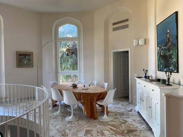 PIAZZALE MICHELANGELO, FIRENZE, Appartement des vendre de 270 Mq, Excellentes, Classe Énergétique: G, par terre Terrains sur 1, composé par: 9 Locals,