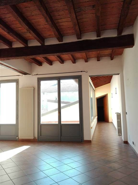 Appartamento in Via Garibaldi, Centro Storico, Piacenza