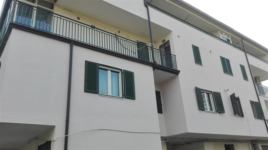 Quadrilocale in Via Palombi, Q9, Avellino