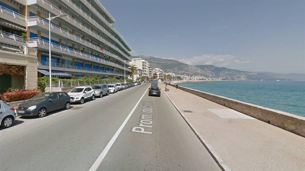 Affittasi monolocale arredato in prossimità delle spiagge libero dal 1 luglio anche per vacanza. Ideale per lavoratori a Monaco e costa azzurra.
